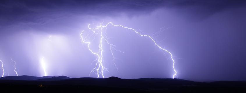 Wenn es knallt und donnert – Geräuschangst bei Feuerwerk und Gewitter bewältigen,Vortrag mit Sophia Betz